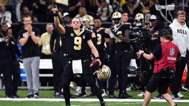 Brees sets NFL all-time TD mark as Saints crush Colts – TSN