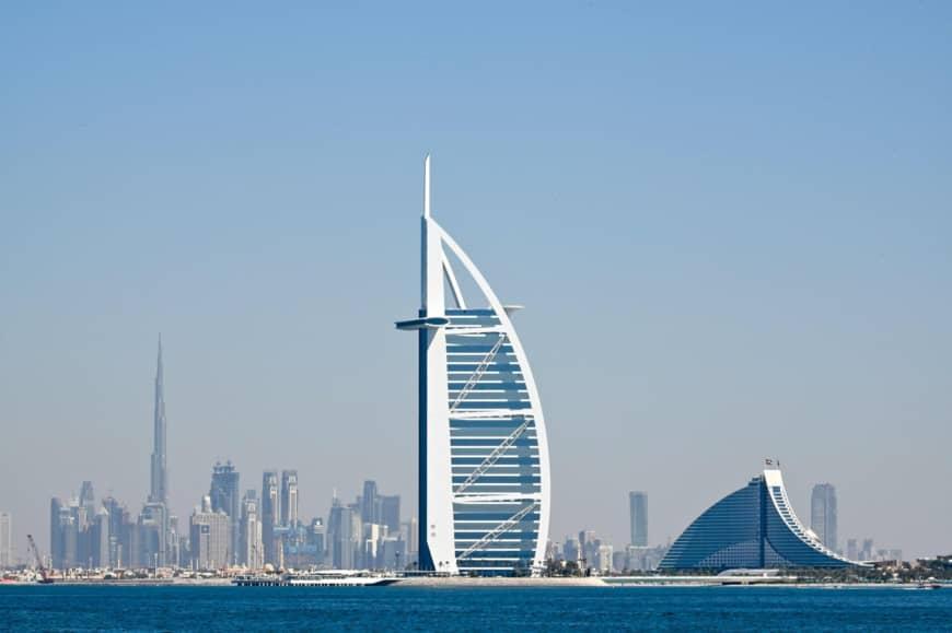 Dubai real estate fund considers de-listing amid sector downturn