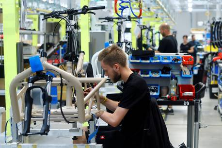 German economy likely to contract in fourth quarter, DIW says – The Guardian