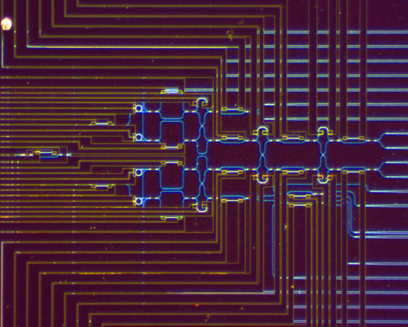 Researchers Demonstrate Chip-to-Chip Quantum Teleportation   Physics – Sci-News.com