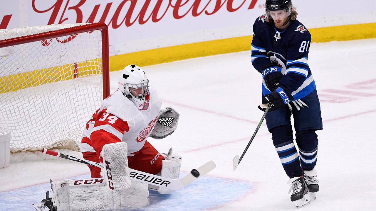 Jets claim goalie Eric Comrie off waivers from Red Wings – Sportsnet.ca