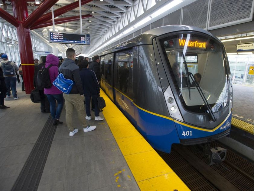 Waterfront Station reopened after suspicious package found on SkyTrain – Vancouver Sun