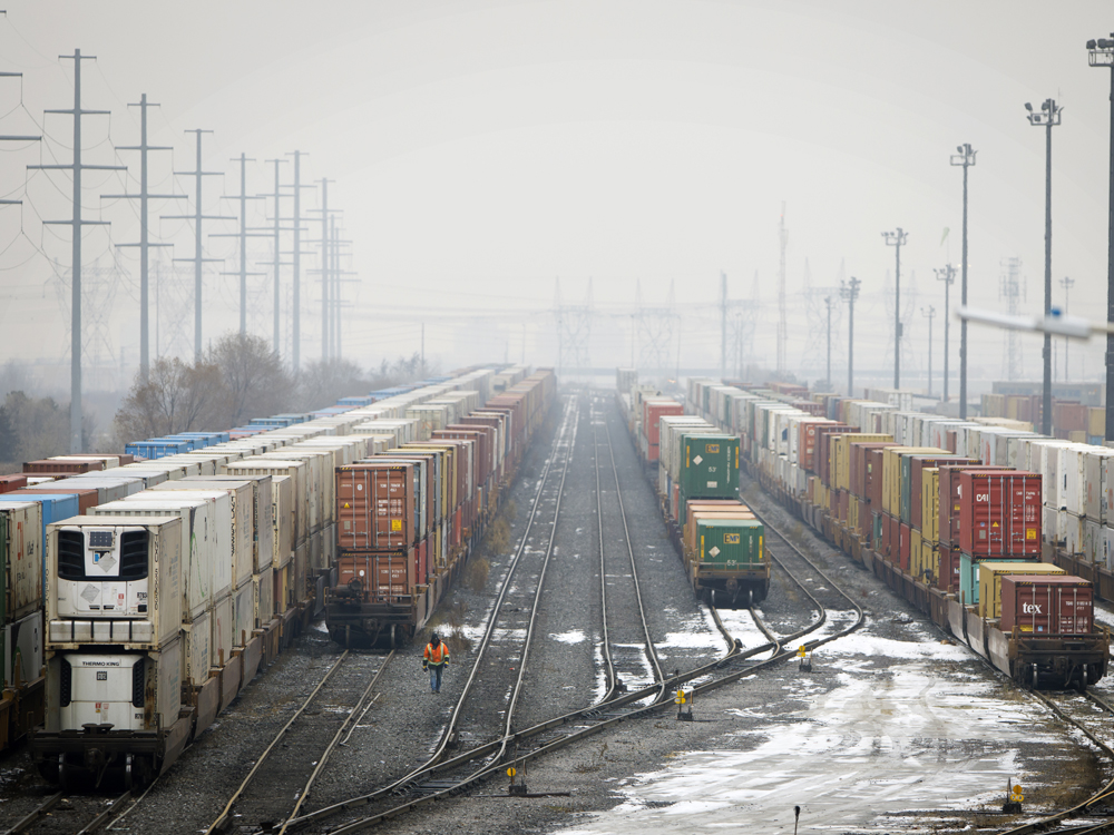 Canadian crude-by-rail shipments poised to surge, spurring investment – Financial Post