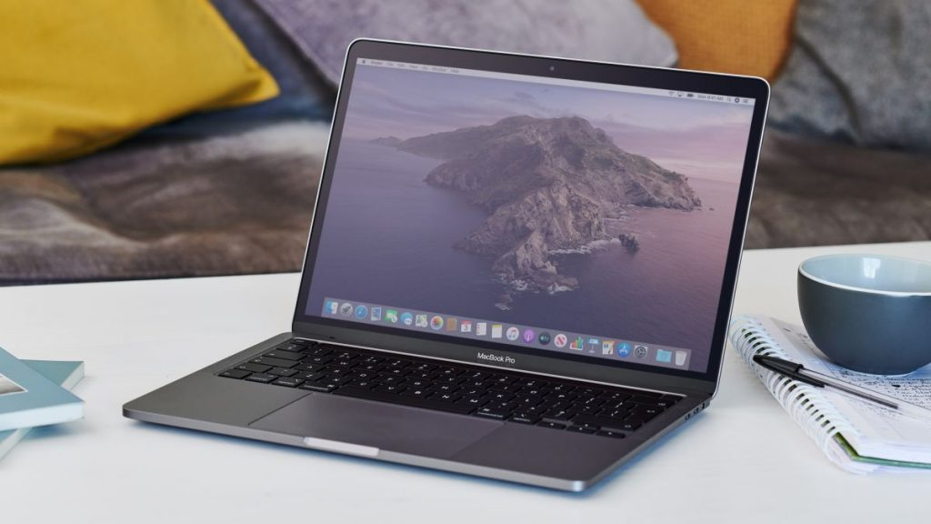 Apple's first ARM-based Macs will launch by early 2021 ...